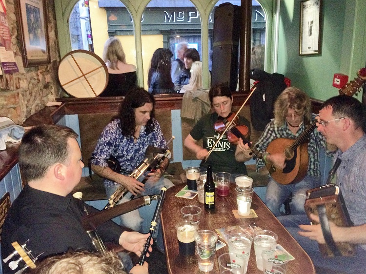 One of the best pub sessions in Faffa Considines with Blackie O'Connell and co.