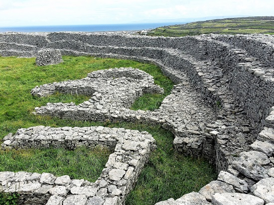 Dún Chrohaire round dry-stone fort.